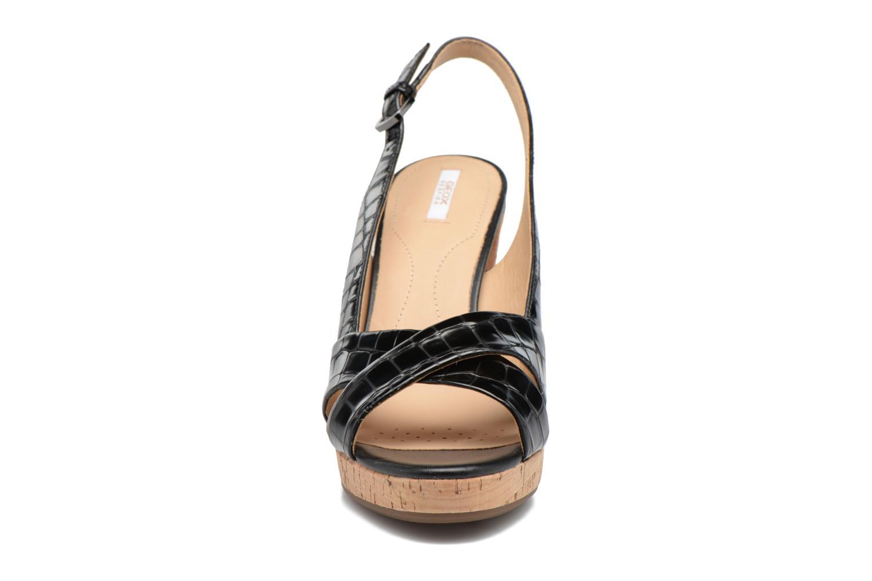 Sandali e scarpe aperte Geox D MAUVELLE C D724LC Nero modello indossato