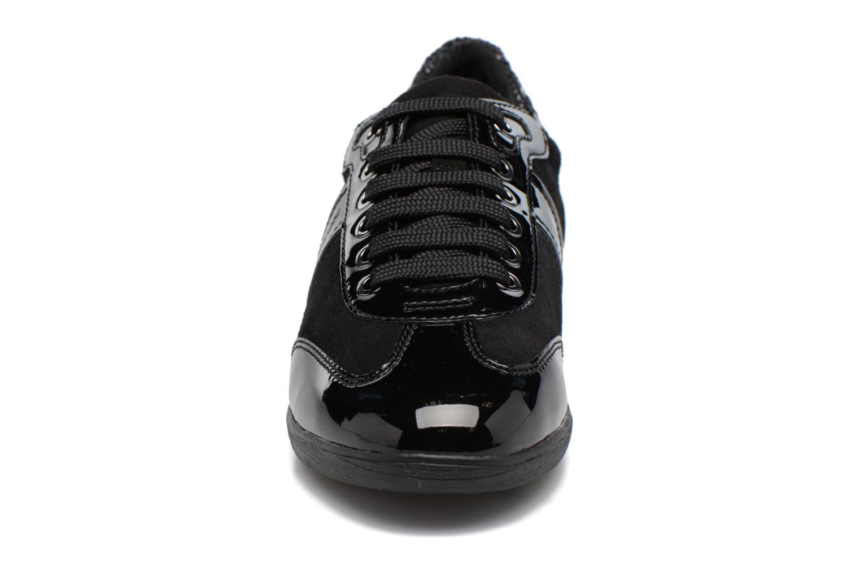 Sneakers Geox D MYRIA A D7268A Nero modello indossato