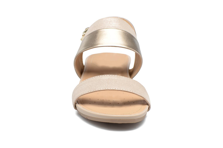 Sandales et nu-pieds Geox D FORMOSA C D7293C Or et bronze vue portées chaussures