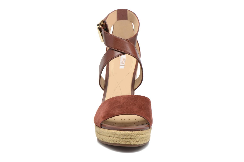 Sandales et nu-pieds Geox D JANIRA E D72P6E Marron vue portées chaussures