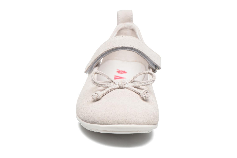 Ballerines ASSO Camelia Blanc vue portées chaussures
