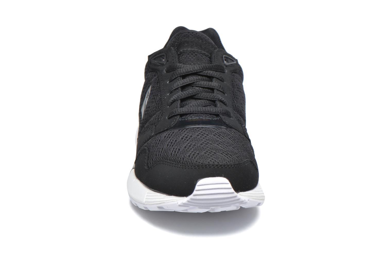 Baskets Le Coq Sportif Omega X W Oil Noir vue portées chaussures