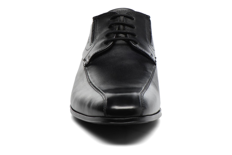 Chaussures à lacets Bugatti Battia Nappa Noir vue portées chaussures