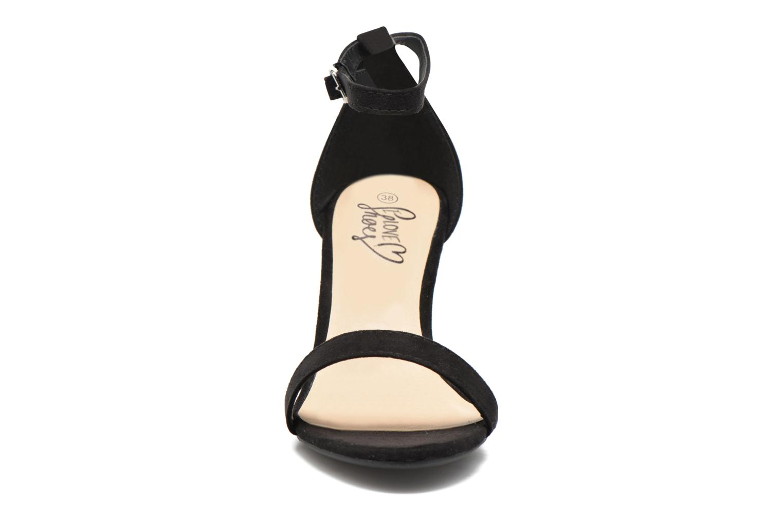 Sandalen I Love Shoes MCGARCIA schwarz schuhe getragen