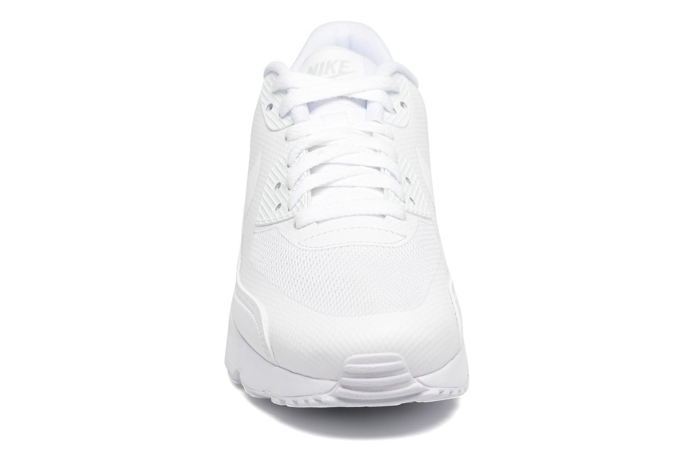Baskets Nike Nike Air Max 90 Ultra 2.0 (Gs) Blanc vue portées chaussures