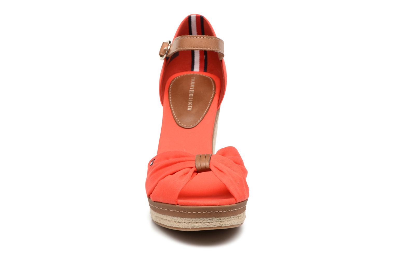 Espadrilles Tommy Hilfiger Elena 56D Rouge vue portées chaussures