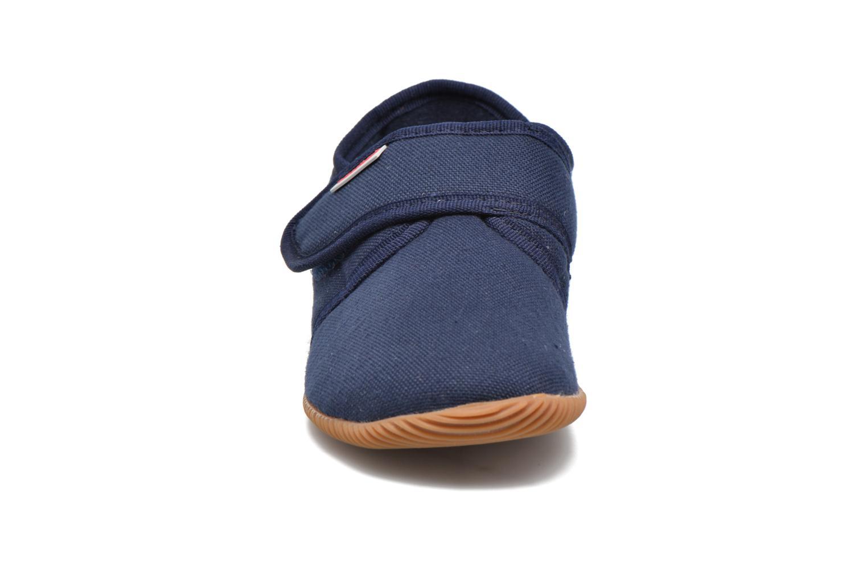 Chaussons Giesswein Senscheid Bleu vue portées chaussures