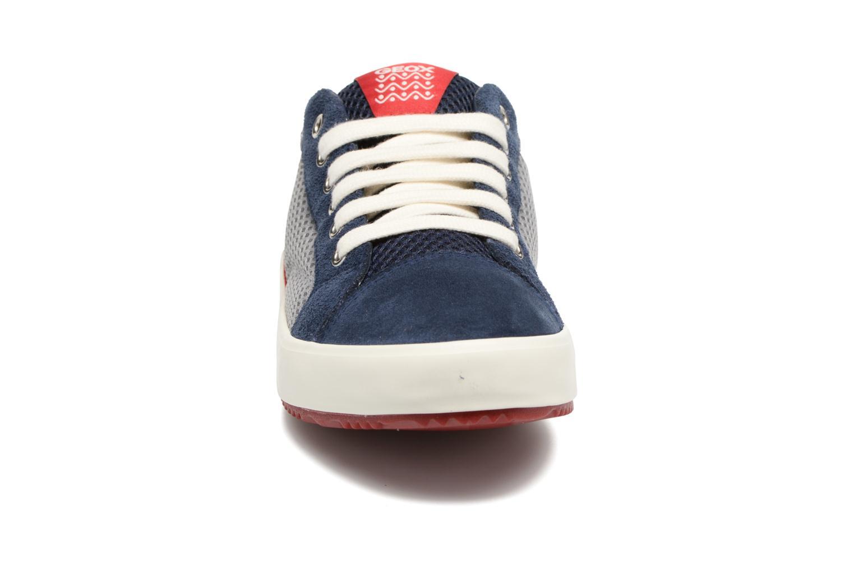 Baskets Geox J Alonisso B. J642CA Bleu vue portées chaussures