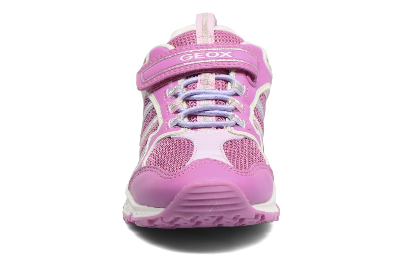 Sneakers Geox J Bernie G. J7211A Rosa modello indossato