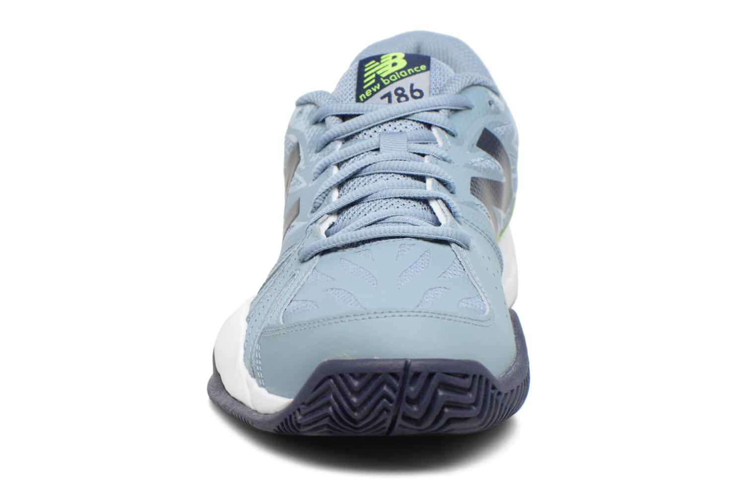 Sport shoes New Balance MC786 Grey model view