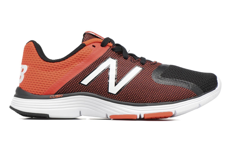 Sport shoes New Balance MX818 Orange back view