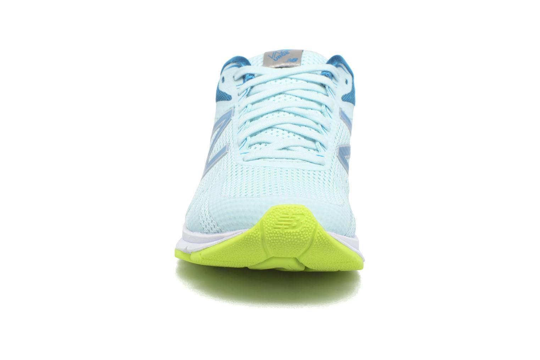 Chaussures de sport New Balance WURGE Bleu vue portées chaussures