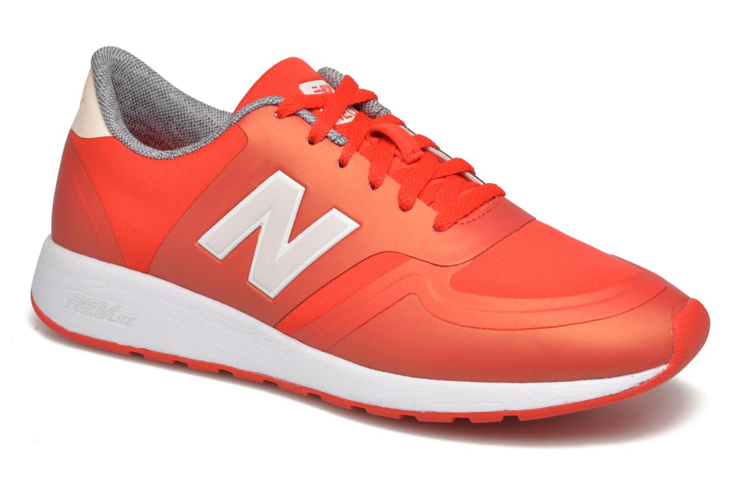 Trainers New Balance WRL420 Red detailed view/ Pair view