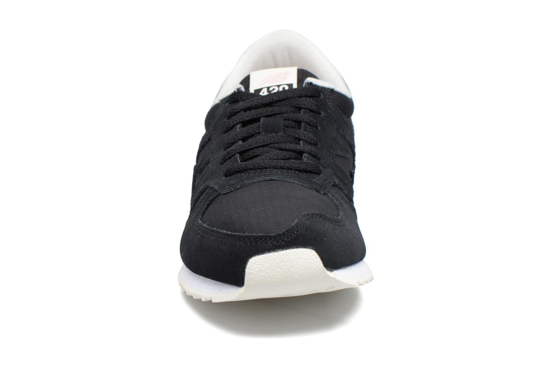 Sneaker New Balance WRL420 schwarz schuhe getragen