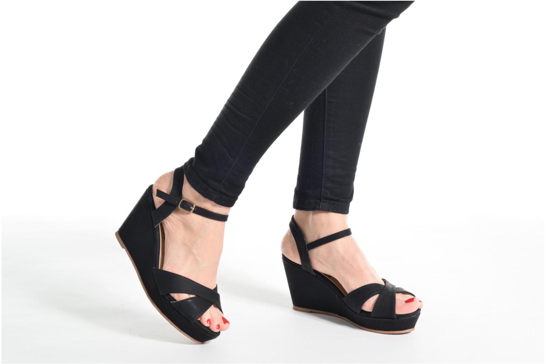 Sandales et nu-pieds Refresh Opar Noir vue bas / vue portée sac