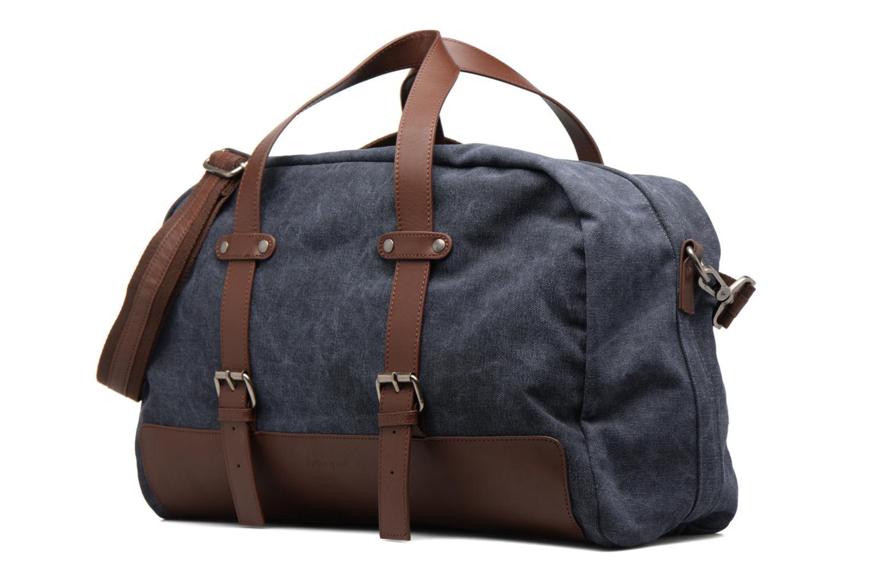 Reisegepäck Antonyme by Nat & Nin Dries blau schuhe getragen