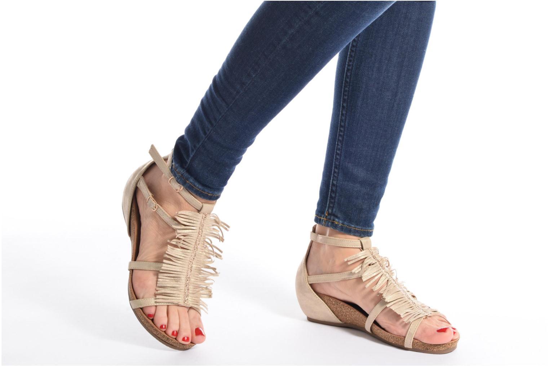 Sandales et nu-pieds Xti Bama 46557 Noir vue bas / vue portée sac