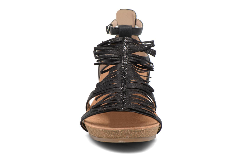Sandales et nu-pieds Xti Bama 46557 Noir vue portées chaussures