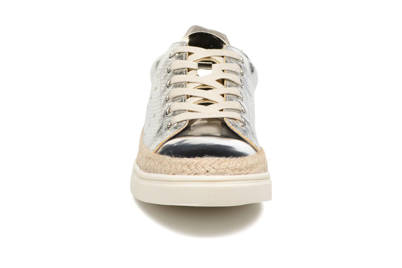 Baskets Xti Amil 46703 Argent vue portées chaussures