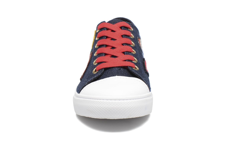 Baskets Tommy Hilfiger Low lace Sneaker Gigi Hadid 1C Bleu vue portées chaussures