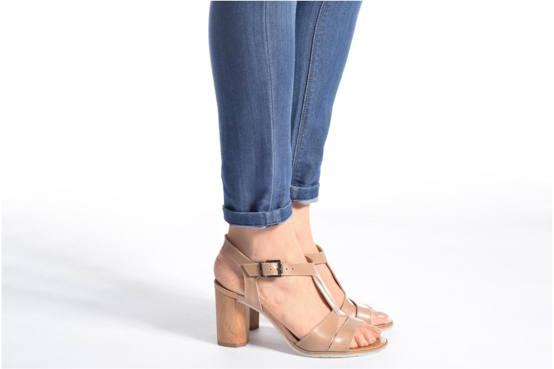 Sandales et nu-pieds Perlato Lubia Beige vue bas / vue portée sac