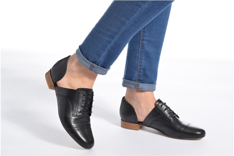 Chaussures à lacets Made by SARENZA Mariachichi #3 Noir vue bas / vue portée sac