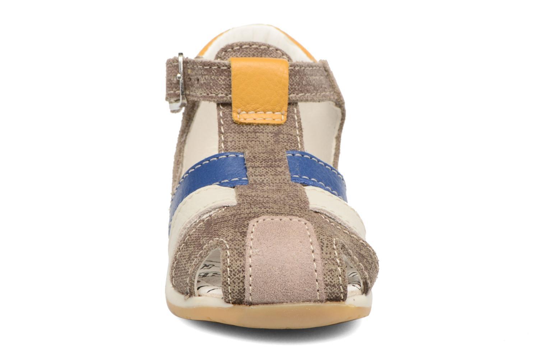 Sandales et nu-pieds Bopy Zinedine Marron vue portées chaussures