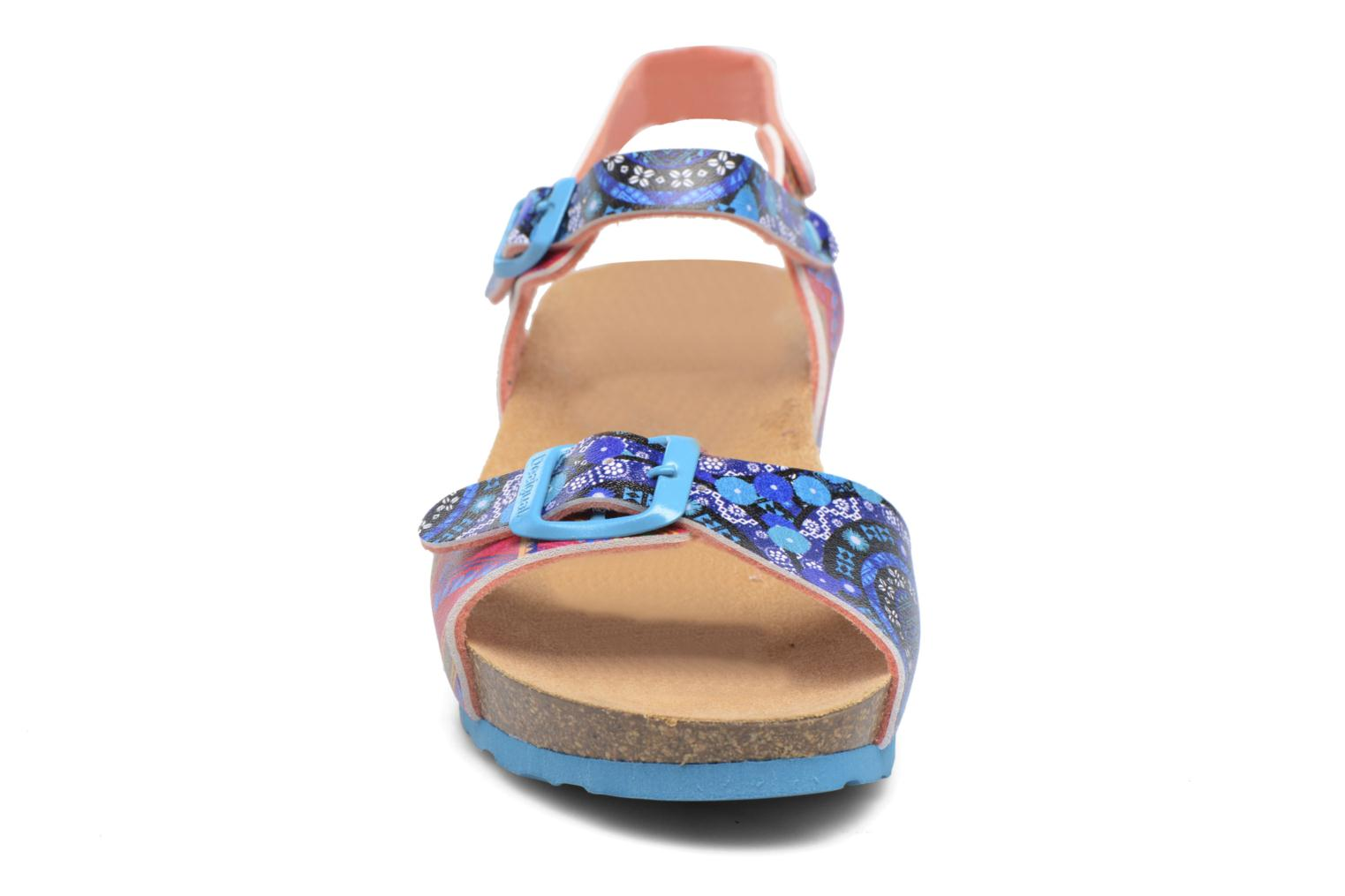 Sandalias Desigual Strips Wedge Multicolor vista del modelo