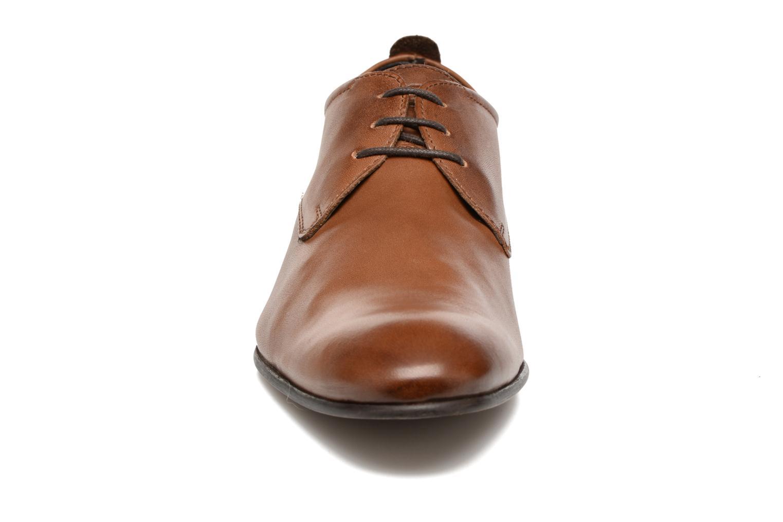 Chaussures à lacets Base London Business Marron vue portées chaussures