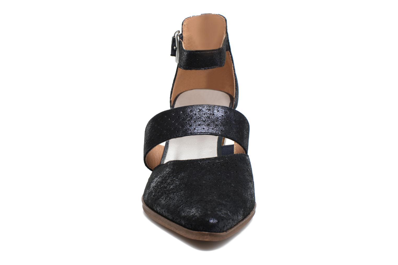 Escarpins Karston Kzetou Bleu vue portées chaussures
