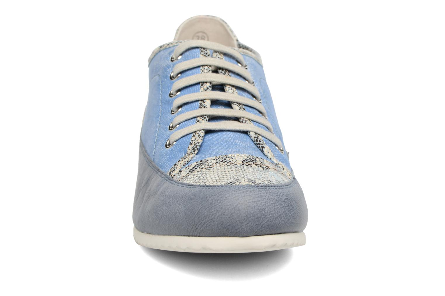 Trainers Karston Caloza Blue model view