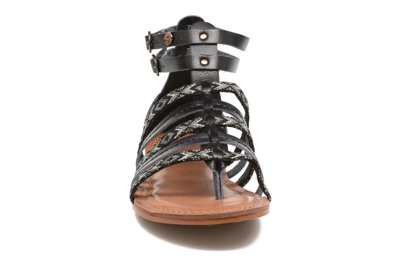 Sandales et nu-pieds Roxy Emilia Noir vue portées chaussures