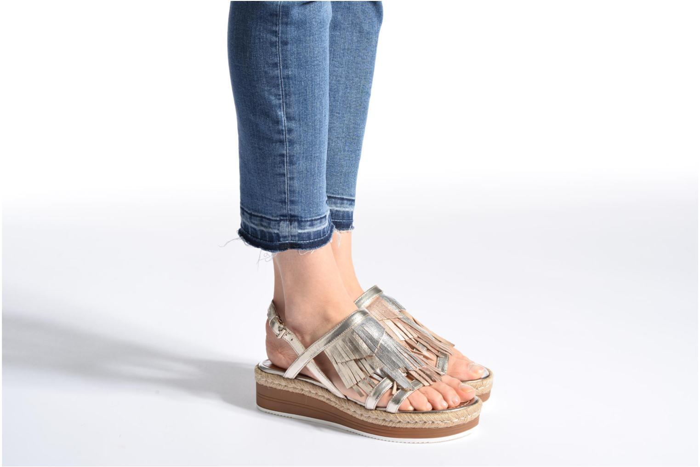 Sandales et nu-pieds Bruno Premi Lia Or et bronze vue bas / vue portée sac