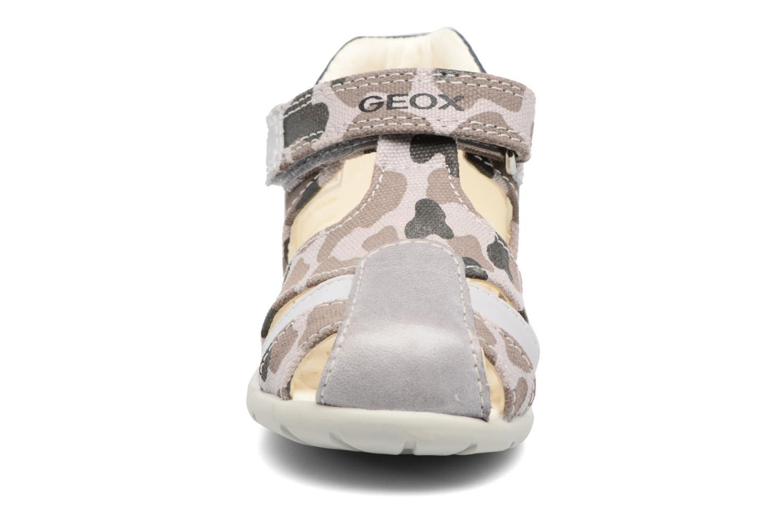 Sandales et nu-pieds Geox B Kaytan B. H B6250H Beige vue portées chaussures