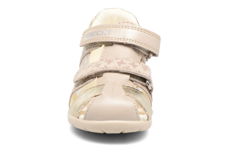 Sandales et nu-pieds Geox B Kaytan G.C B7251C Beige vue portées chaussures
