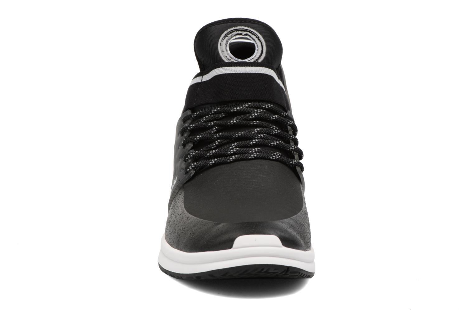 Skytop V Black-White-M