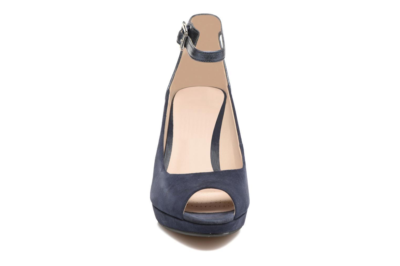 High heels Clarks Kendra Ella Black model view