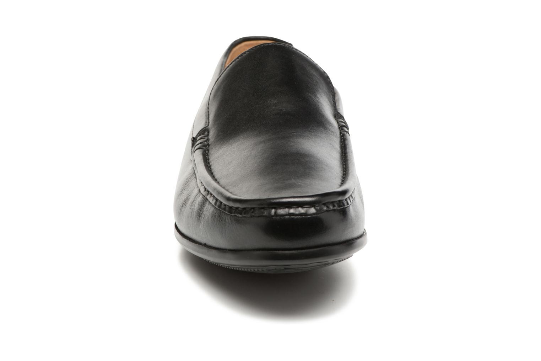 Mocassins Clarks Claude Plain Noir vue portées chaussures