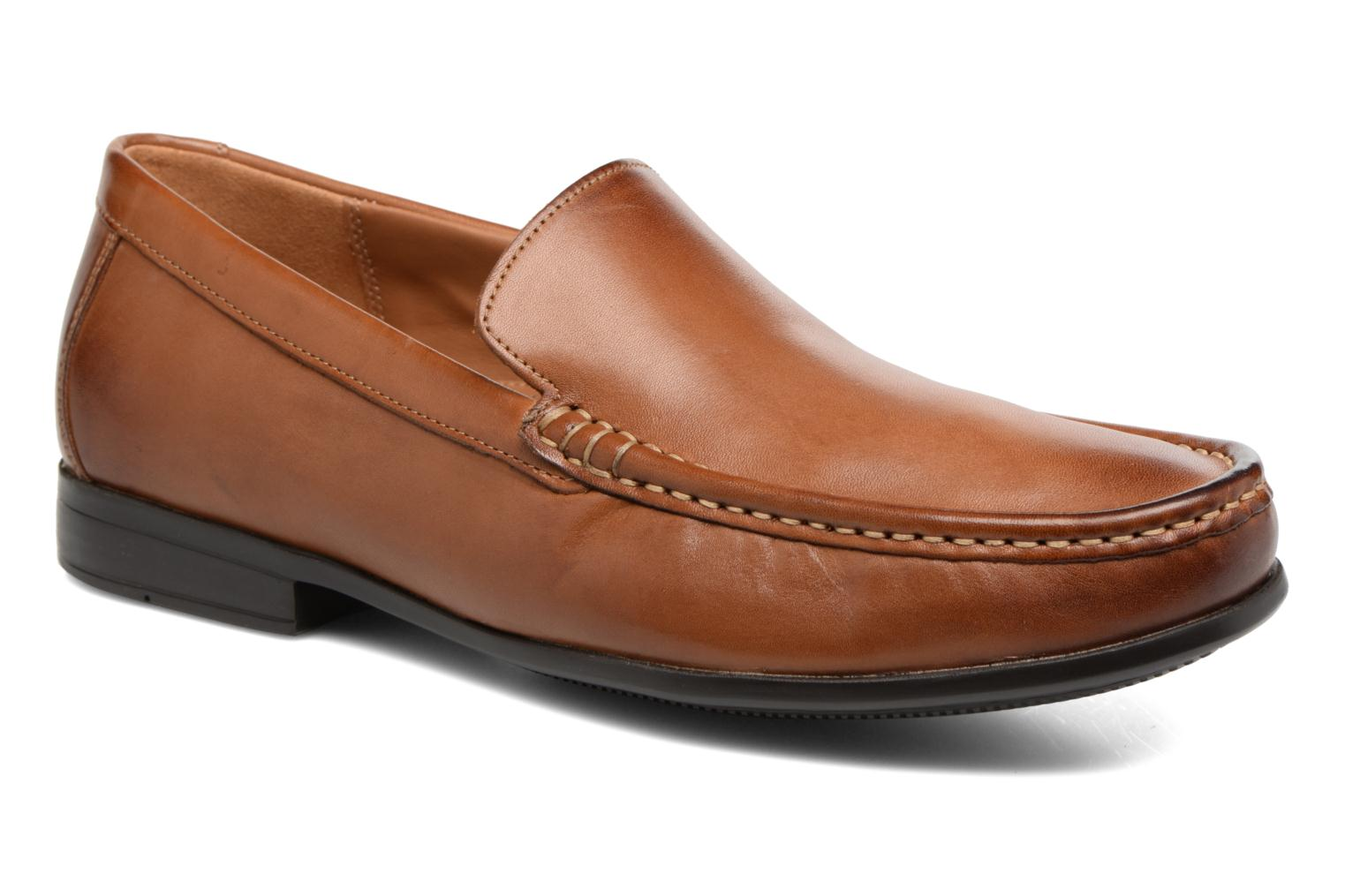 Plain Clarks Leather Tan Plain Tan Claude Leather Plain Tan Leather Clarks Claude Clarks Claude twqtx5ArE