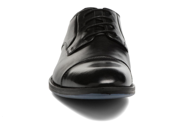 Chaussures à lacets Clarks Prangley Cap Noir vue portées chaussures
