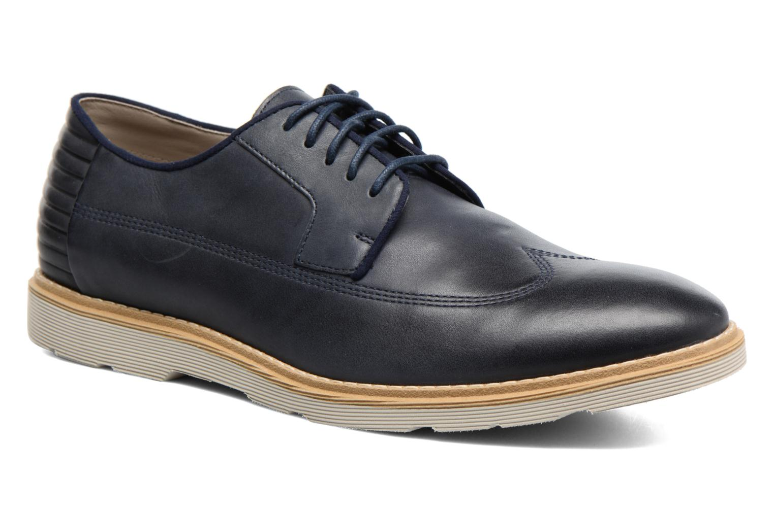 Marques Chaussure homme Clarks homme Gambeson Style Navy leather