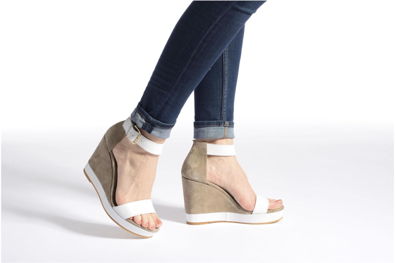 Sandales et nu-pieds Anaki Wave Marron vue bas / vue portée sac