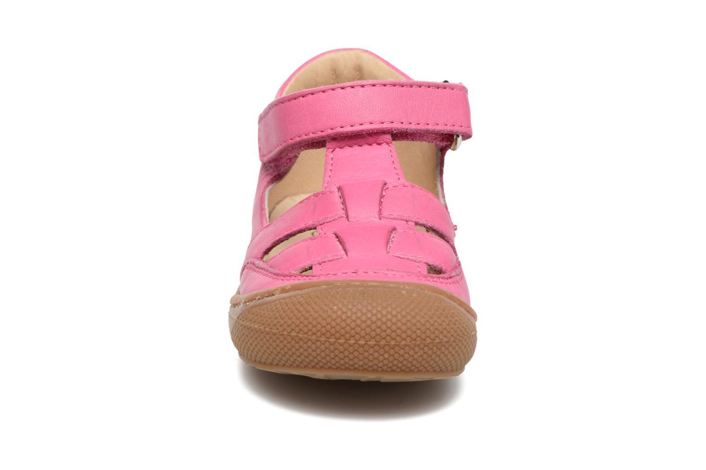 Sommerschuhe Naturino Camilla 3997 rosa schuhe getragen