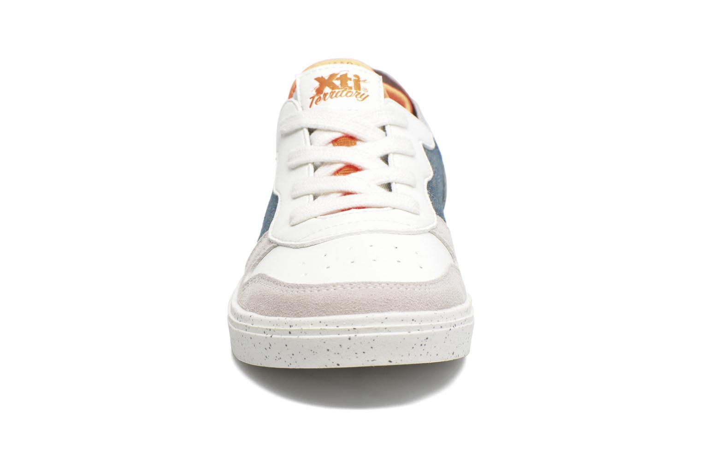 Baskets Xti Axel Blanc vue portées chaussures