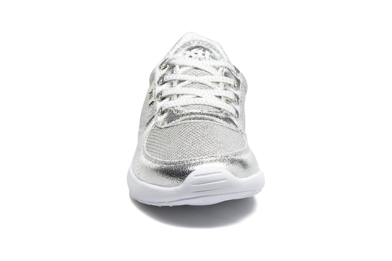 Baskets Xti Betty Argent vue portées chaussures