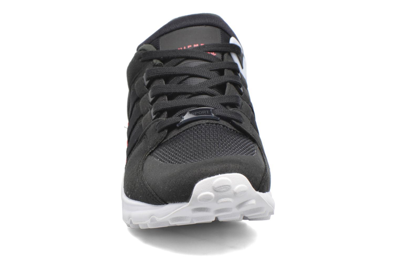 Sneakers Adidas Originals Eqt Support J Nero modello indossato