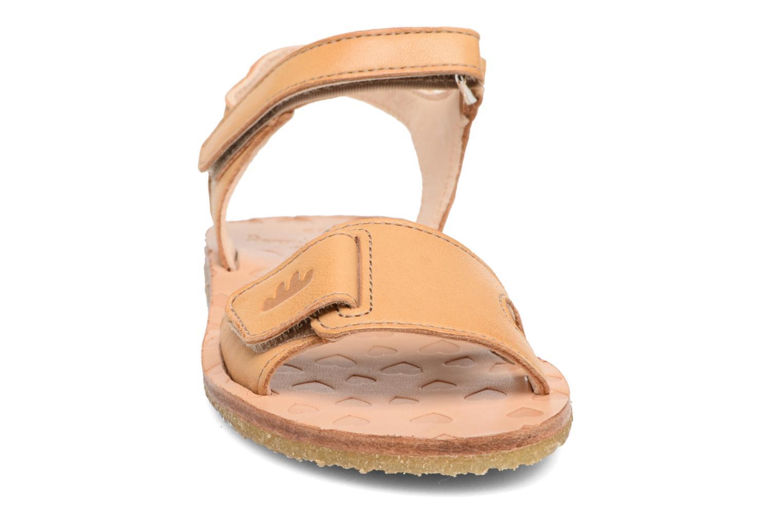Sandales et nu-pieds Easy Peasy Dada Beige vue portées chaussures