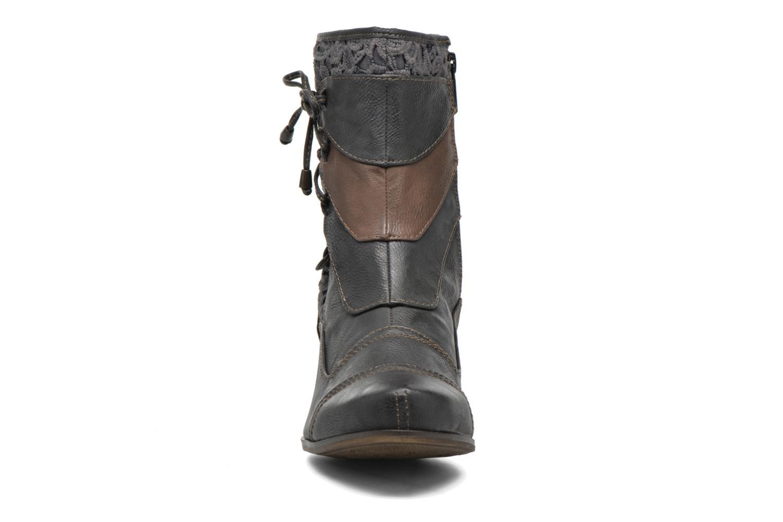 Bottines et boots Mustang shoes Amy Gris vue portées chaussures