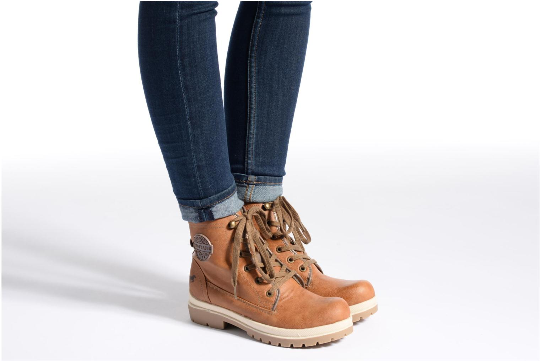 Bottines et boots Mustang shoes Marielle Marron vue bas / vue portée sac