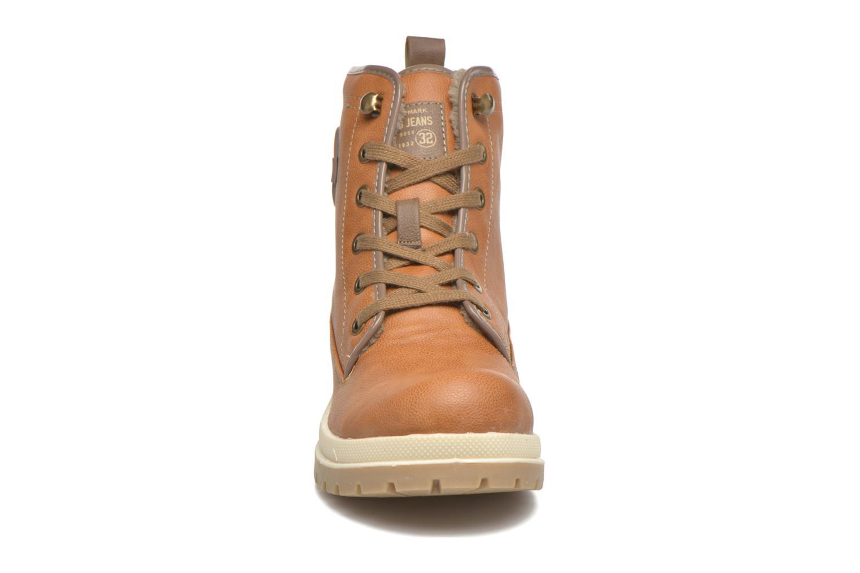 Bottines et boots Mustang shoes Marielle Marron vue portées chaussures